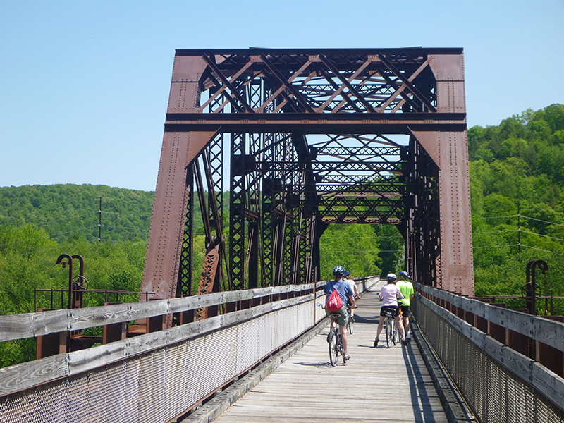 Sandy-Creek-Trail-05-19-2012-vincent-troia-5.jpg